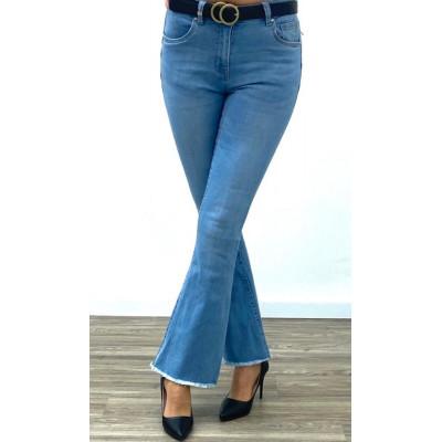 Jeans bleu clair pattes d'éléphants cropped