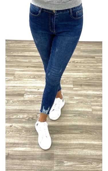 Jeans skinny avec griffure aux chevilles