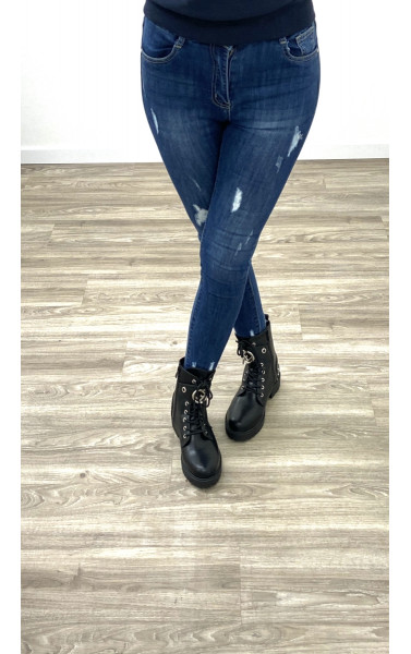 Jeans destroy avec griffure au cheville