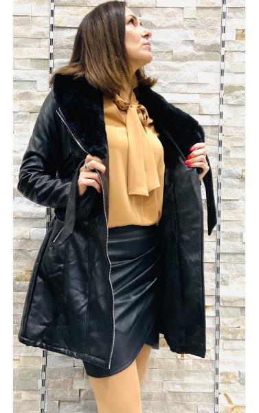 Manteau à col fausse fourrure