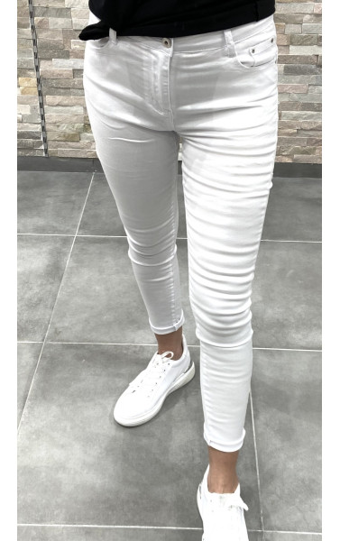 Jeans push up blanc basic