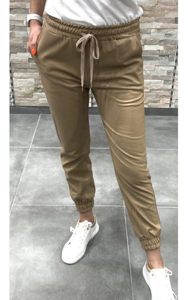 Pantalon jogger en simili cuir