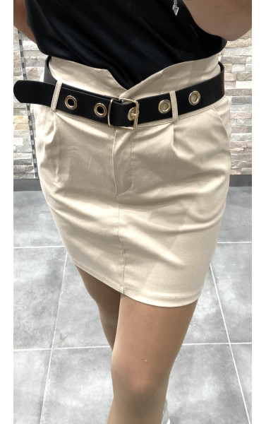 Mini jupe moulant avec ceinture